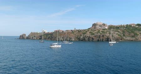 View from the of the small marina of Capraia Island, Tuscan Archipelago, Italy. Стоковые видеозаписи