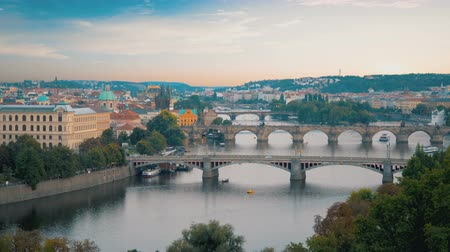 Богемия : Row of bridges in Prague