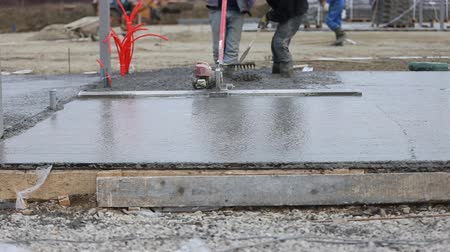 cement floor : leveling concrete specific units