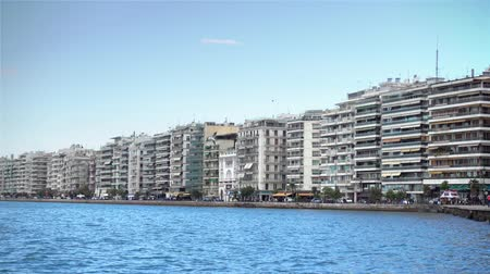 zár : View of sea-front (Nikis Avenue) in Thessaloniki, Greece